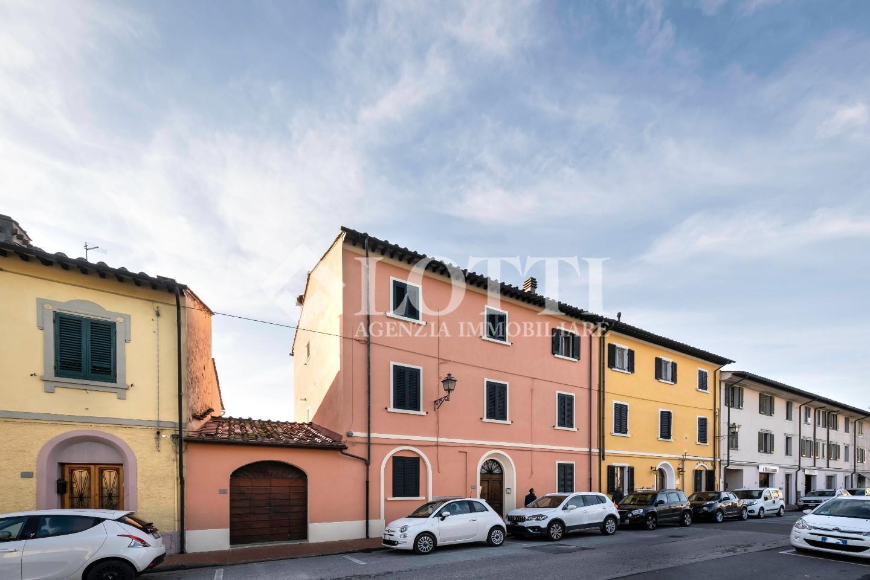 Appartamento in vendita, rif. 657