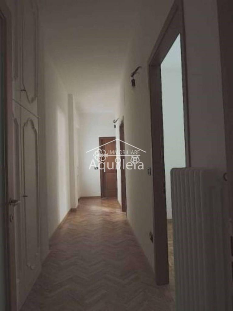 Appartamento in vendita, rif. AQ 1057 (2212491)