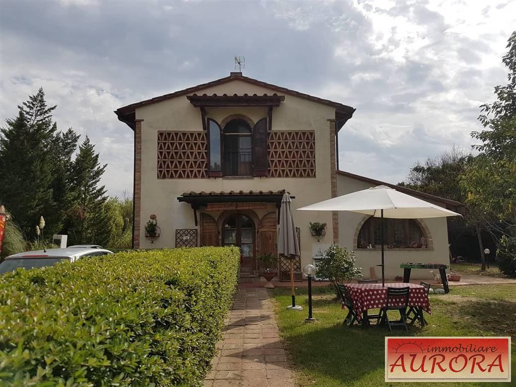 Country house for sale in Barberino Val d'Elsa (FI)
