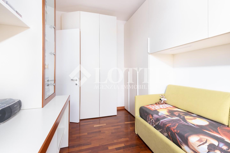 Appartamento in vendita, rif. 660