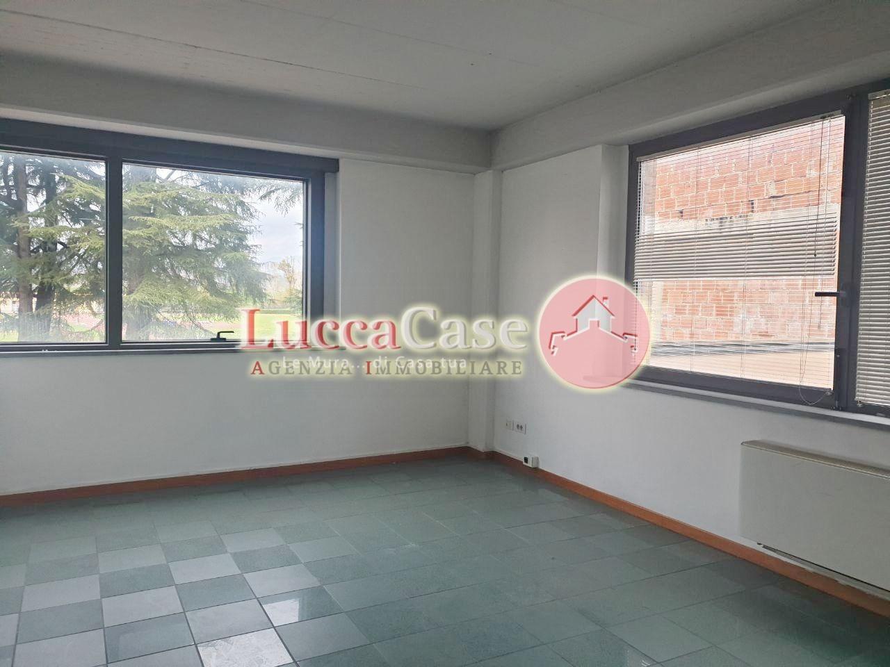 Ufficio in affitto commerciale, rif. F048S