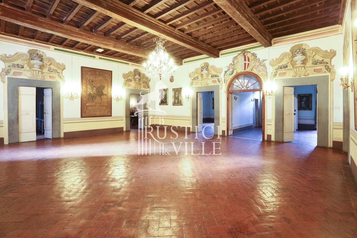 Edificio storico in vendita a Pisa (1/63)