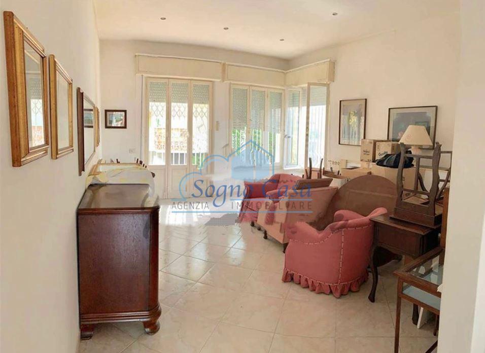 Casa semindipendente in vendita, rif. 106776