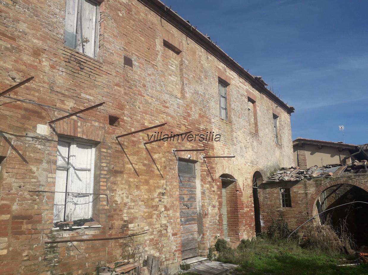 Foto 6/12 per rif. V 52020  casale  Siena