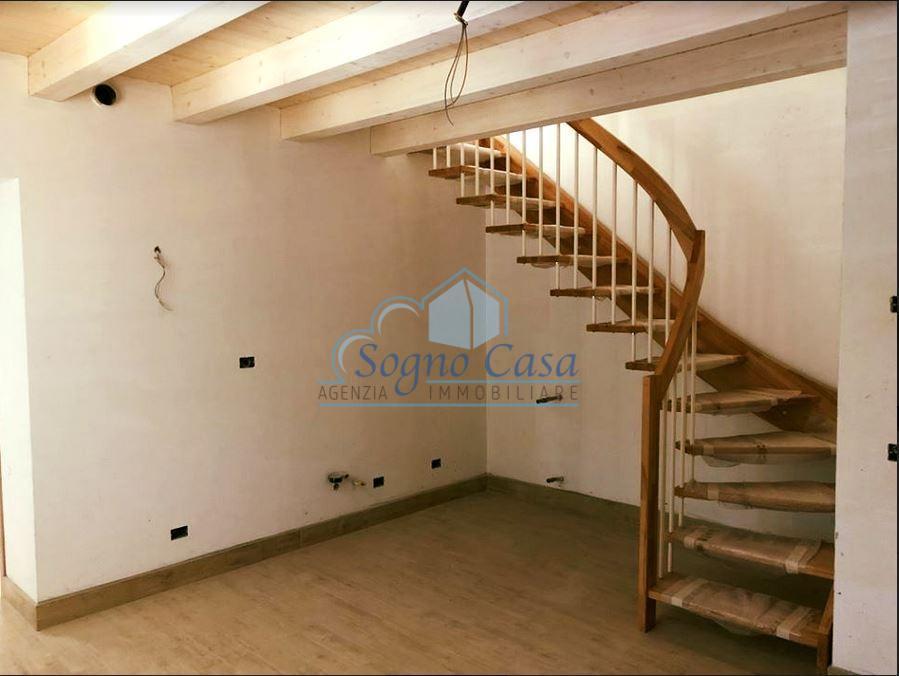 Appartamento in vendita, rif. 106787