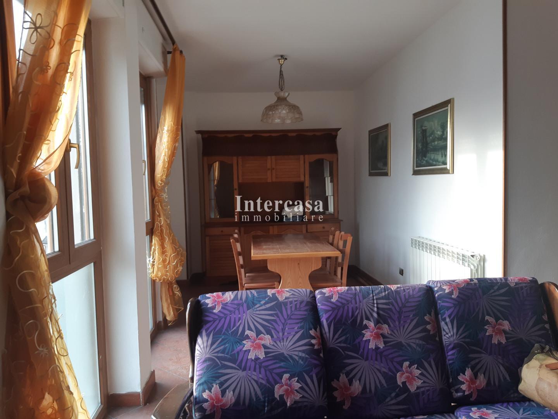 Foto 11/13 per rif. II15V