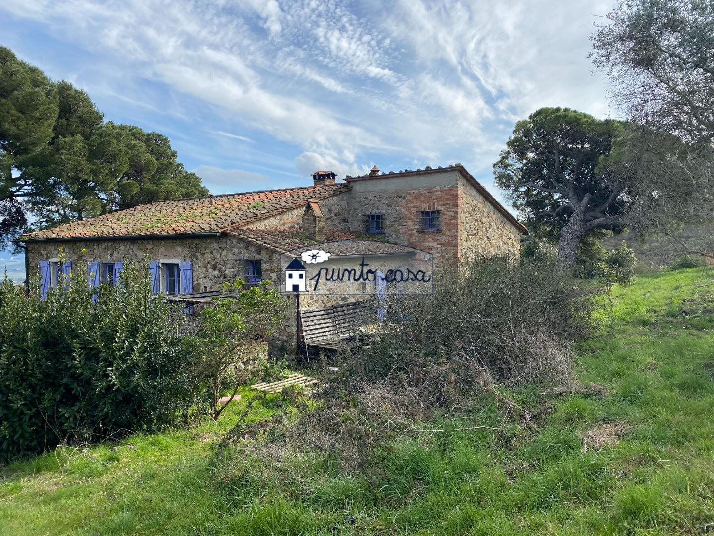 Country house for sale in Rosignano Marittimo (LI)