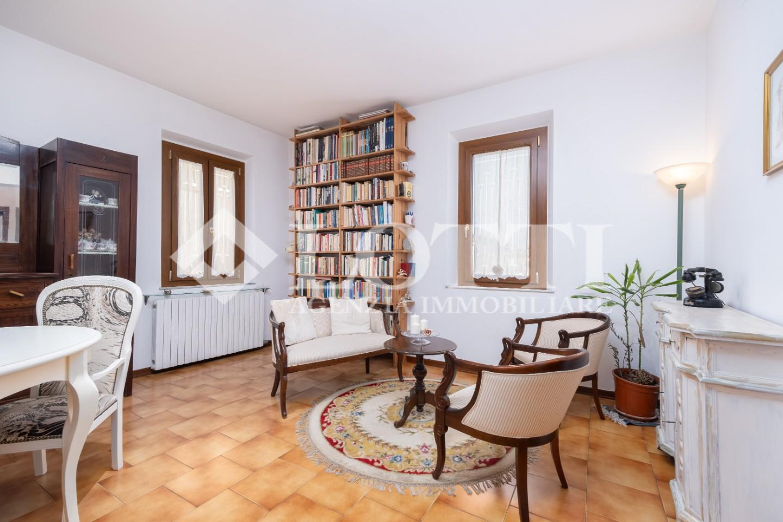 Appartamento in vendita, rif. 679