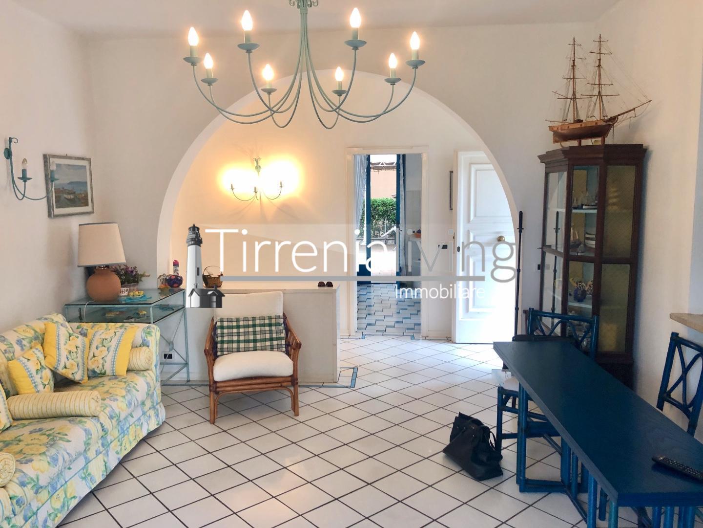 Casa singola in affitto, rif. MM-479
