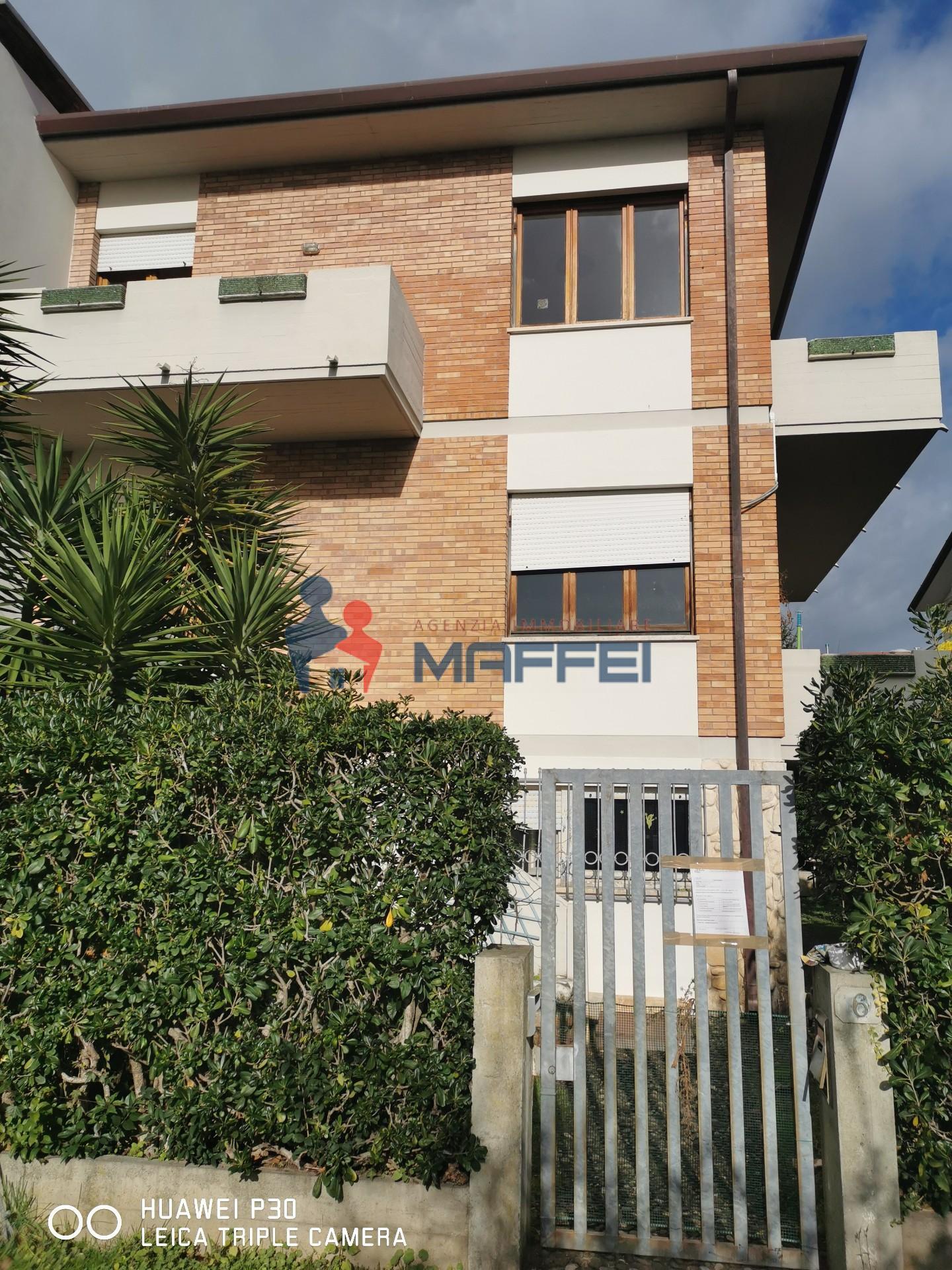 Villetta a schiera angolare in vendita a Camaiore (LU)