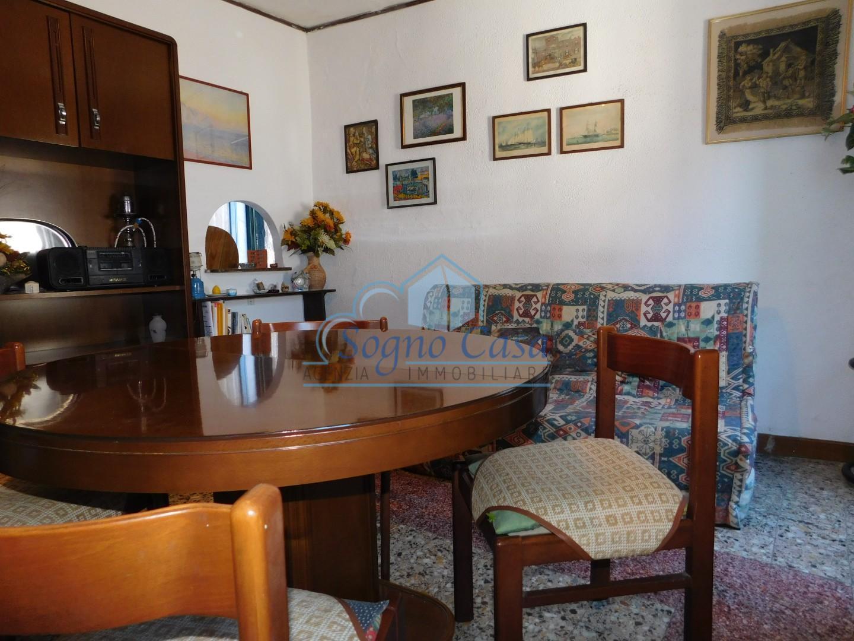 Casa semindipendente in vendita, rif. 106806