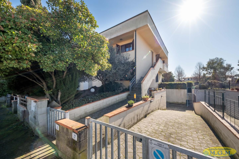 Appartamento in vendita a Castelfranco di Sotto, 4 locali, prezzo € 145.000 | PortaleAgenzieImmobiliari.it