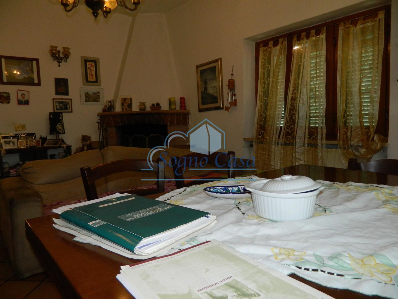 Casa singola in vendita, rif. 106812