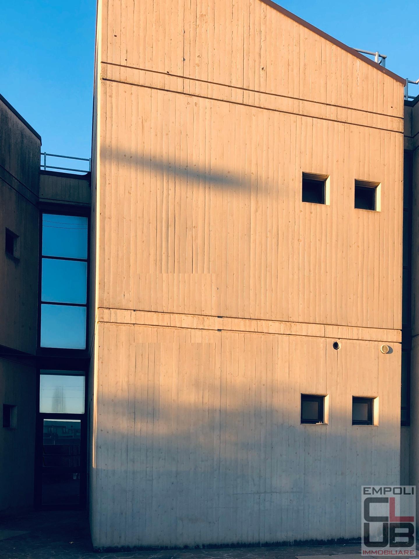Foto 3/4 per rif. F/0322