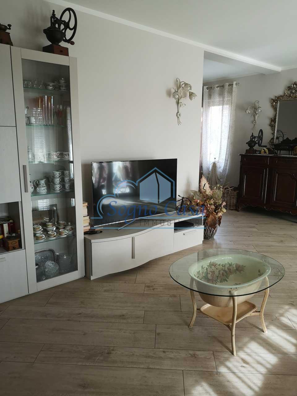 Casa singola in vendita, rif. 106819
