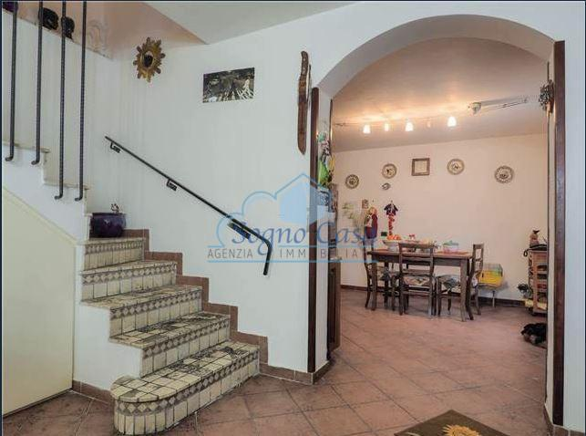 Casa semindipendente in vendita, rif. 106821