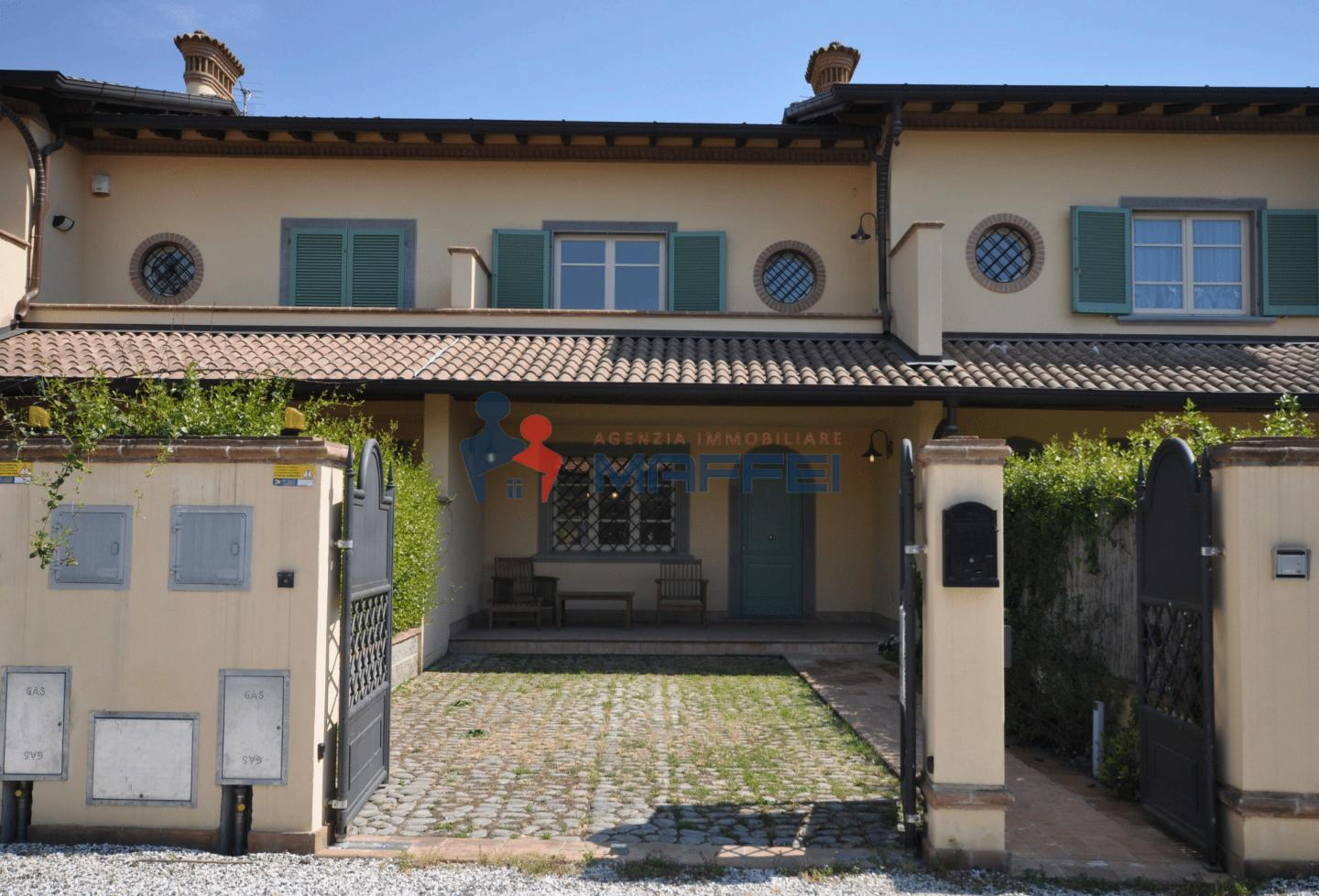 Terraced house for sale in Forte dei Marmi (LU)