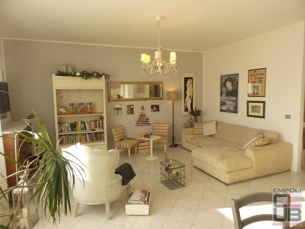 Appartamento in vendita a Empoli, 4 locali, prezzo € 185.000 | CambioCasa.it