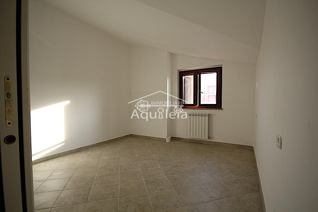 Villetta a schiera in vendita, rif. AQ 1409