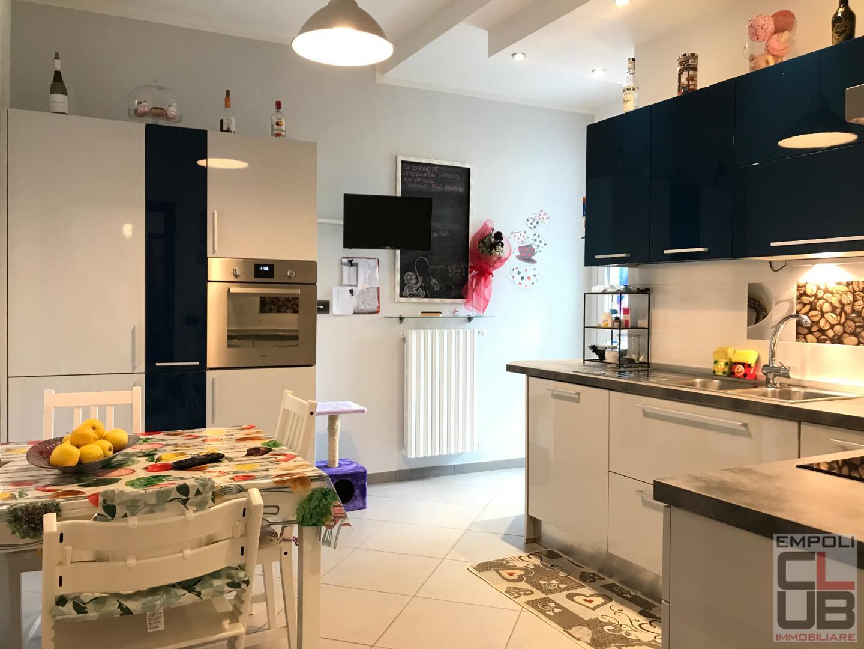 Appartamento in vendita, rif. M/0275