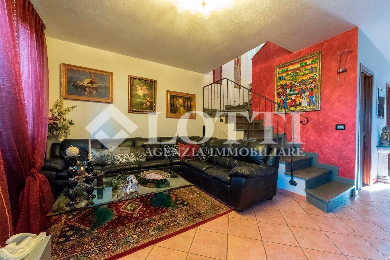 Villetta a schiera in vendita, rif. B2985