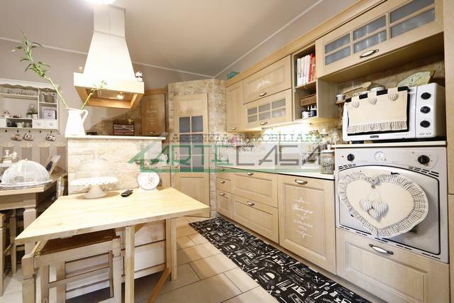 Villetta a schiera angolare in vendita, rif. ac6772