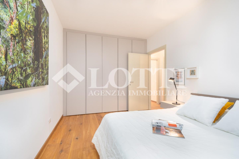 Appartamento in vendita, rif. 696
