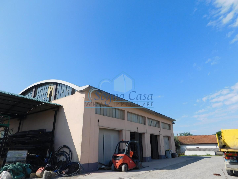 Capannone in vendita a Ortonovo, 5 locali, prezzo € 650.000   PortaleAgenzieImmobiliari.it