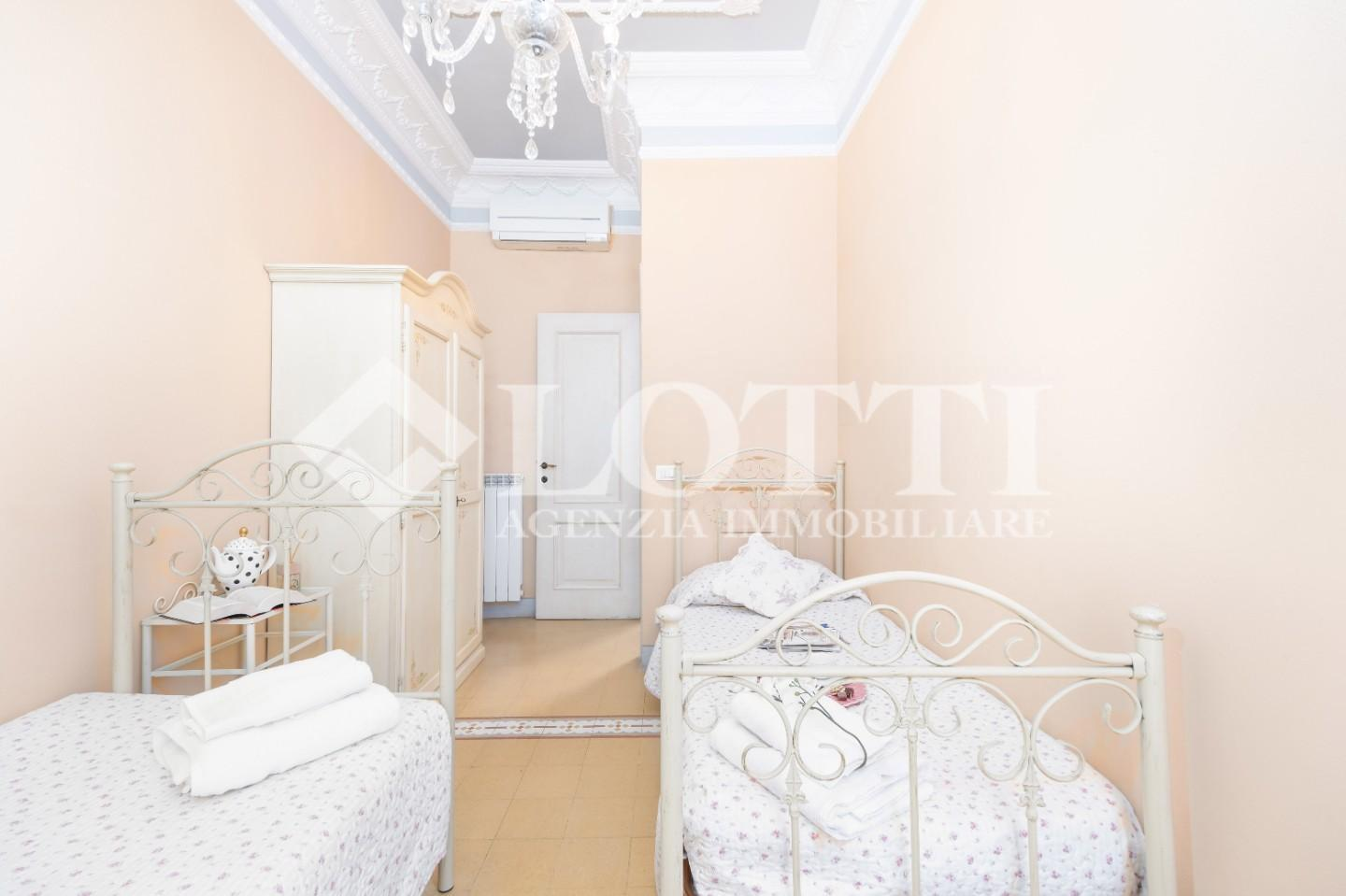 Townhouses for sale, ref. 700