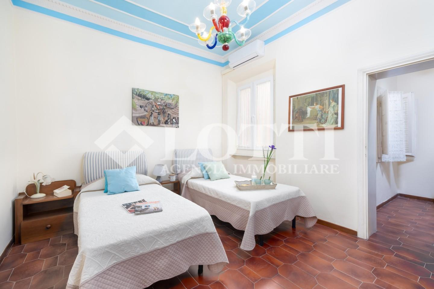 Townhouses for sale, ref. 701