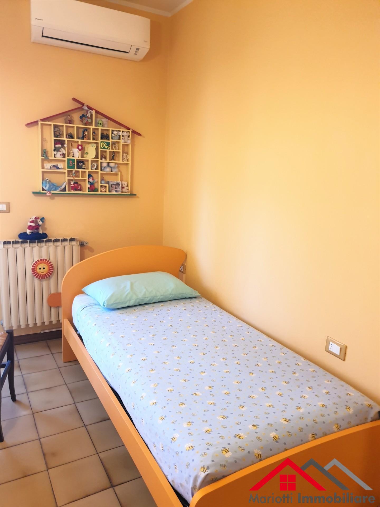 Villetta bifamiliare in vendita, rif. Mi654