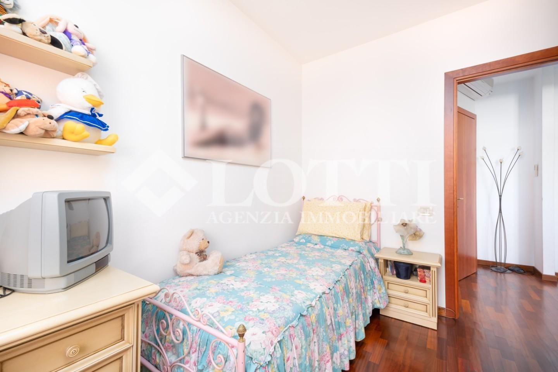 Appartamento in vendita, rif. 702