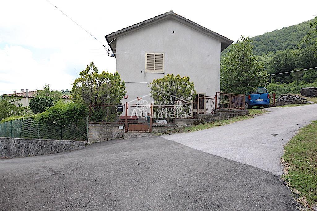 Casale in vendita a Cellena, Semproniano (GR)