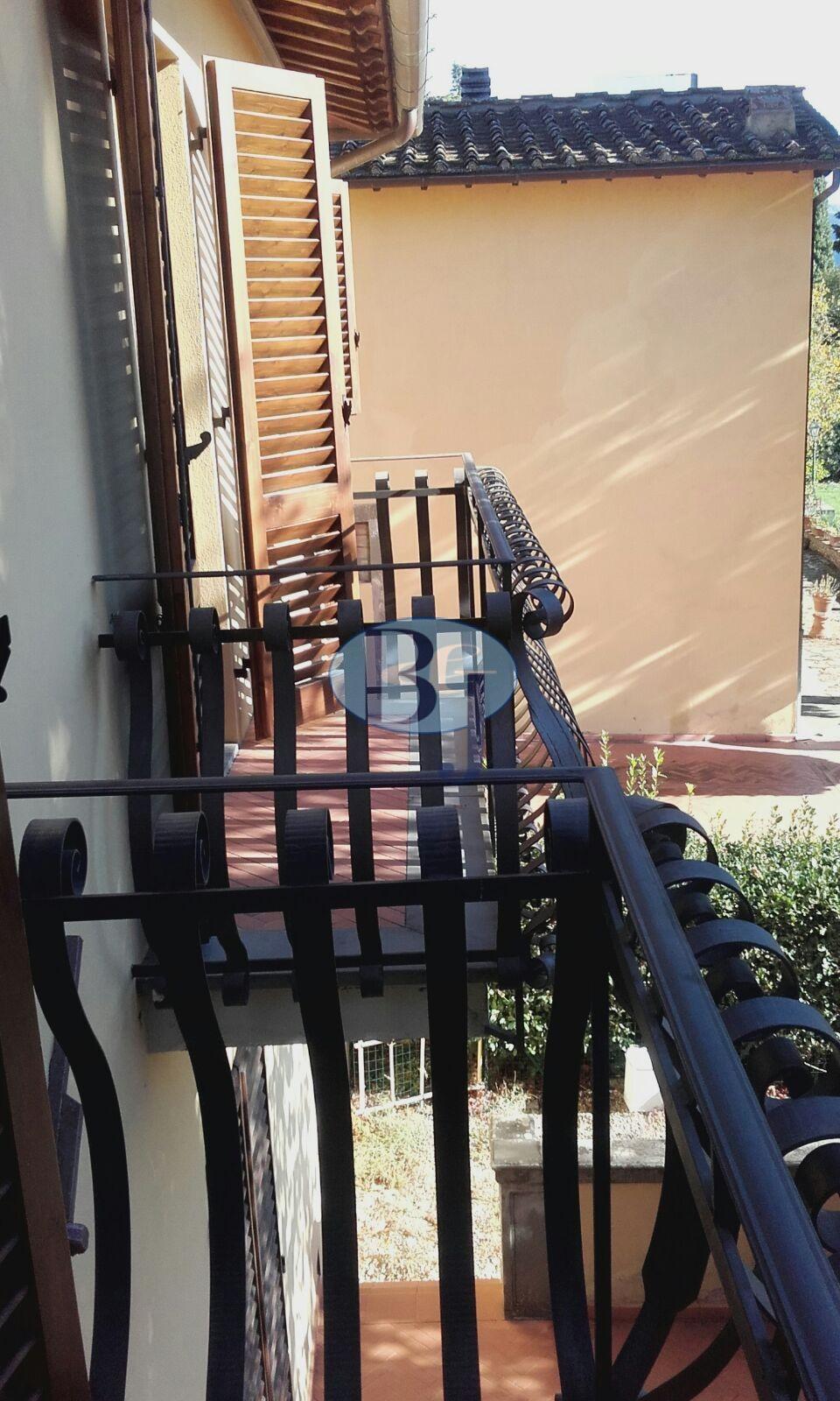 Foto 1/11 per rif. ugolino