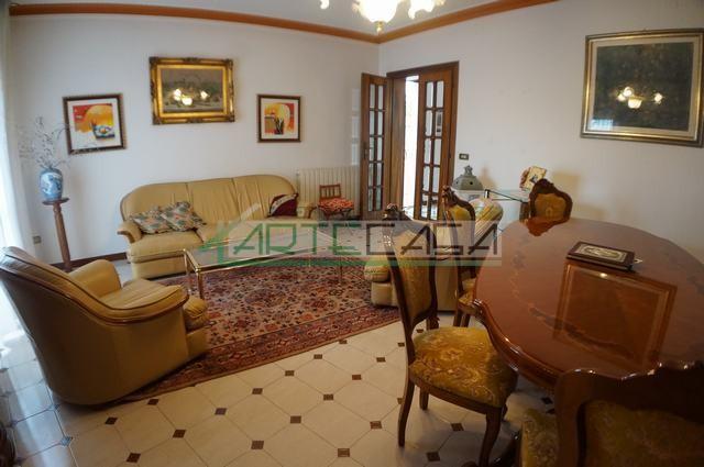 Casa semindipendente in vendita, rif. AC6788