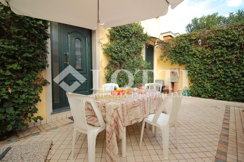 Villetta a schiera angolare in vendita a Viareggio (LU)