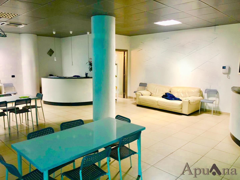 Ufficio in affitto commerciale, rif. AC-091