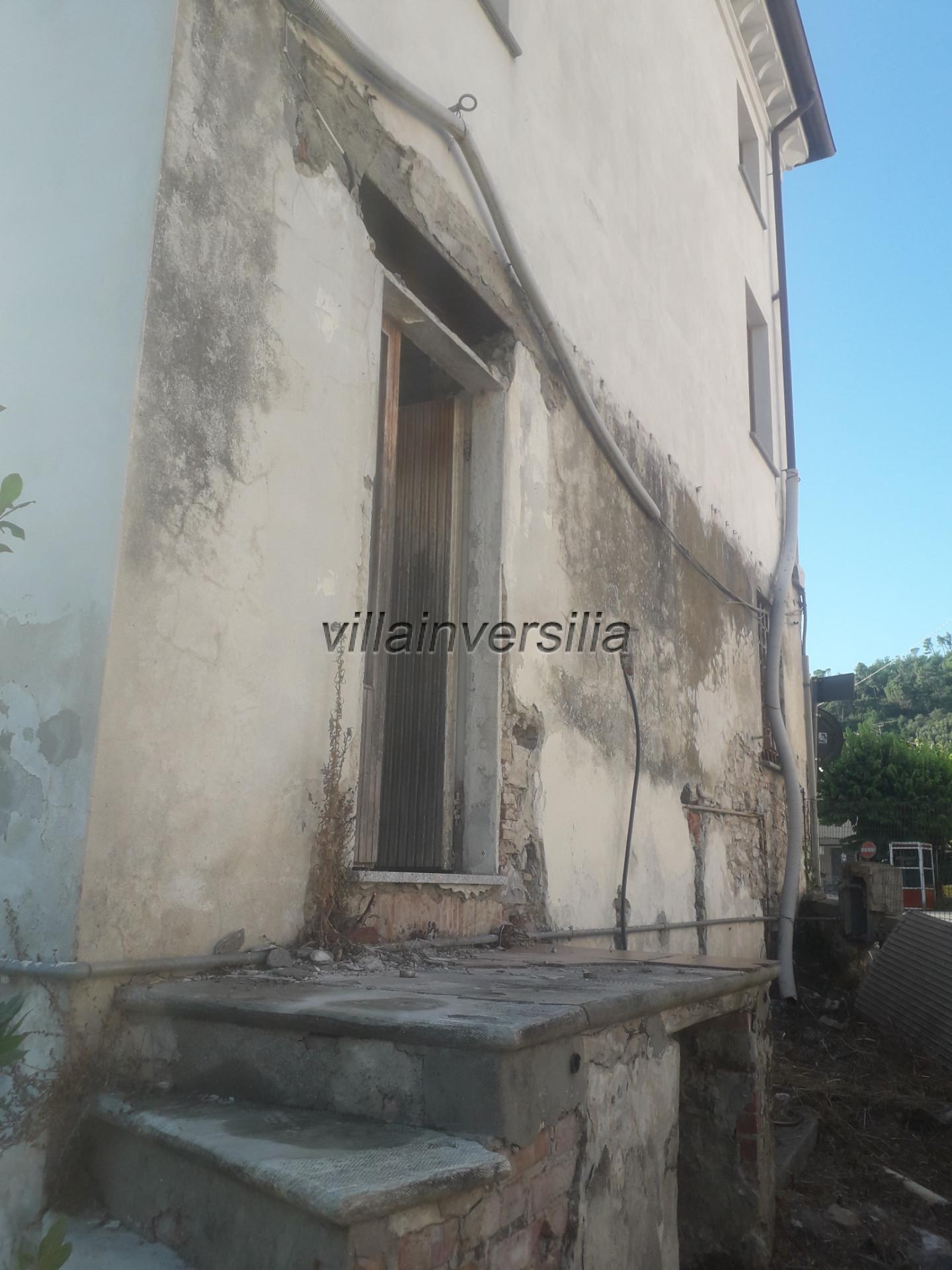Foto 16/17 per rif. V 622020  casa Massarosa