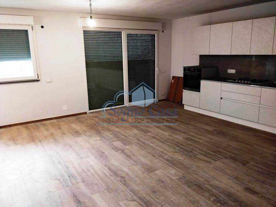 Casa semindipendente in vendita, rif. 106921