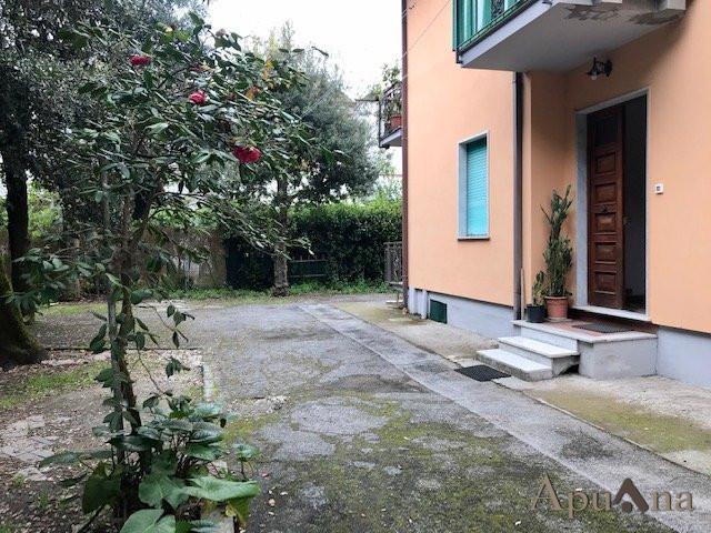 Villetta bifamiliare in vendita, rif. MLS-026