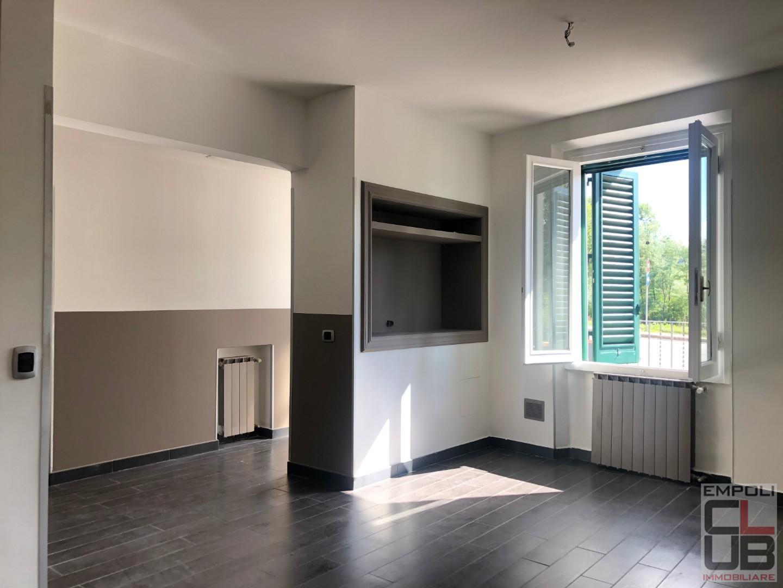 Appartamento in vendita a Montespertoli, 5 locali, prezzo € 170.000 | CambioCasa.it
