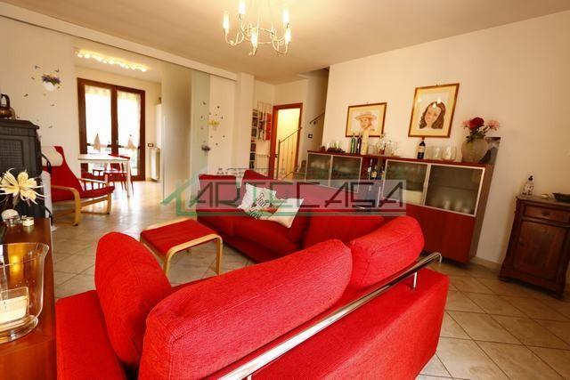 Villetta a schiera in vendita, rif. AC6841