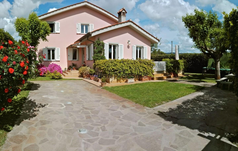 Foto 10/10 per rif. V 822020 villa Versilia