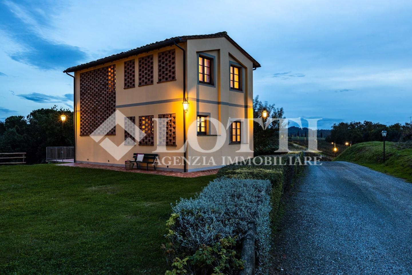 Hayloft for rent in Montopoli in Val d'Arno (PI)