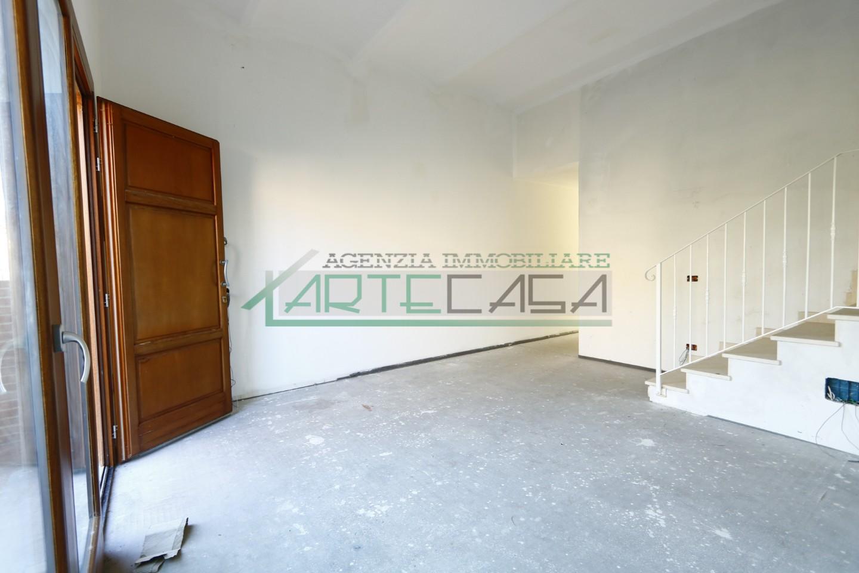Villetta a schiera angolare in vendita, rif. AC6850