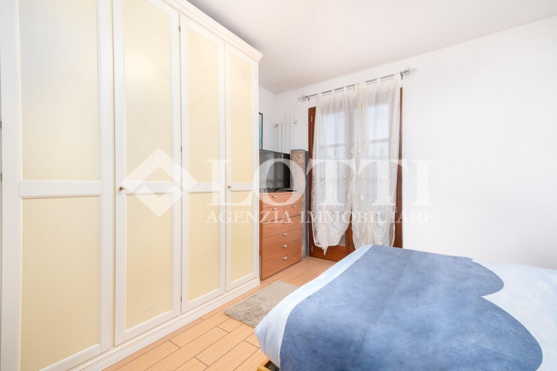 Villetta a schiera in vendita, rif. B1804