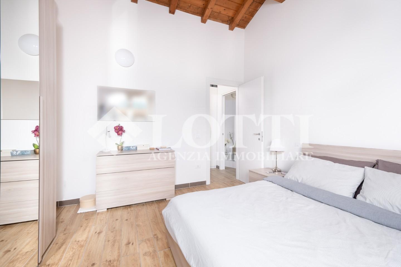 Appartamento in affitto, rif. 733