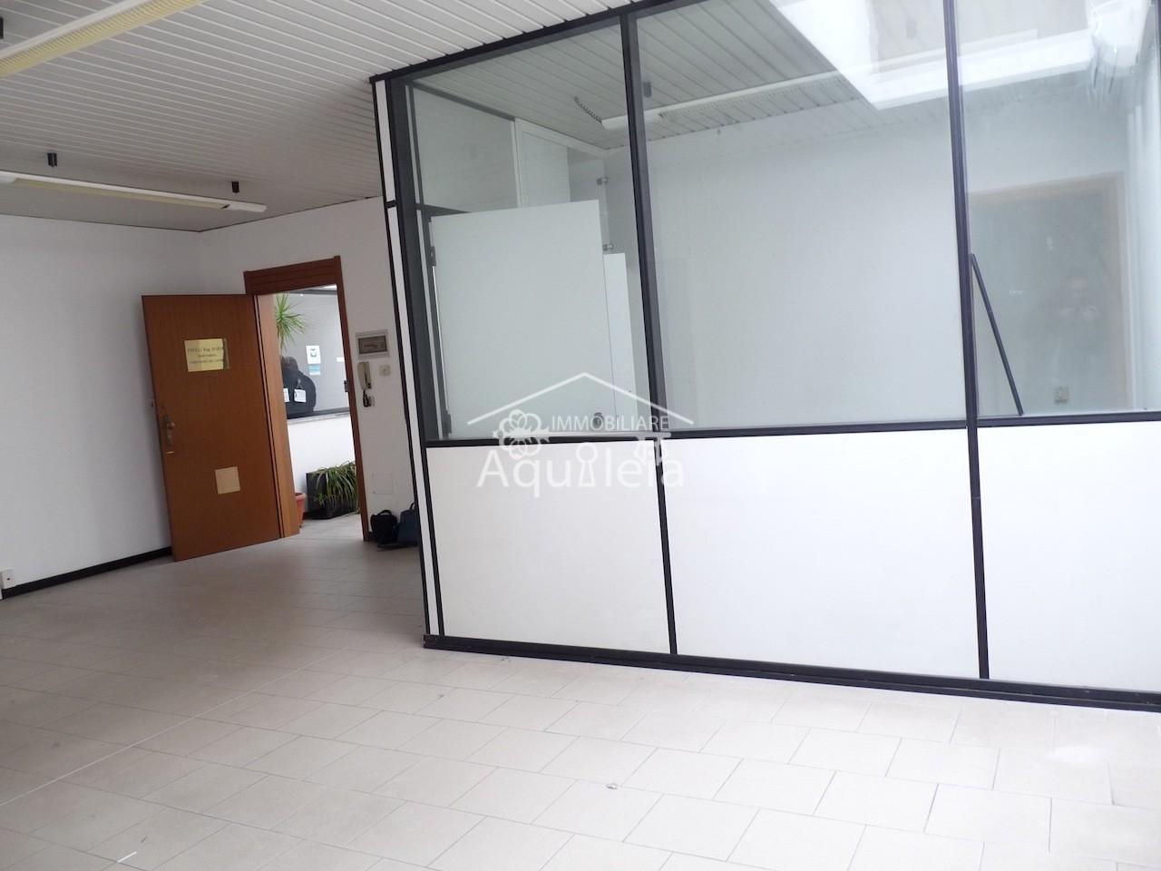 Ufficio in affitto commerciale a Grosseto
