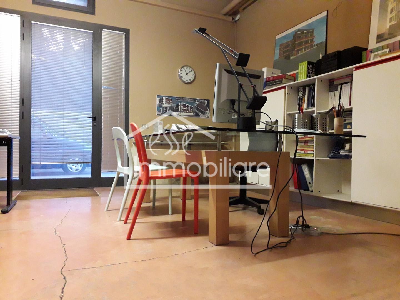 Ufficio in affitto commerciale, rif. AFU/003