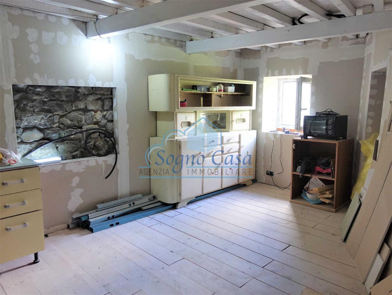 Appartamento in vendita a Giucano Gignola, Fosdinovo (MS)